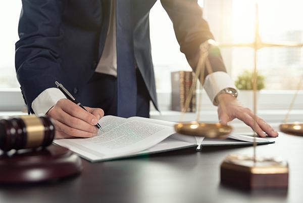 Offre d'achat avec un avocat à Montréal