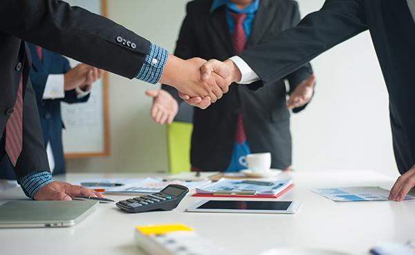 Comment résoudre un conflit dans un condo avec un avocat?