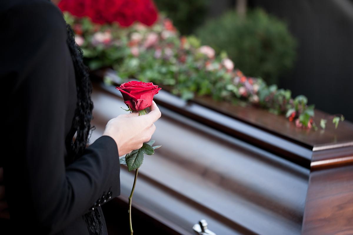 Comment préparer des arrangements funéraires préalables?