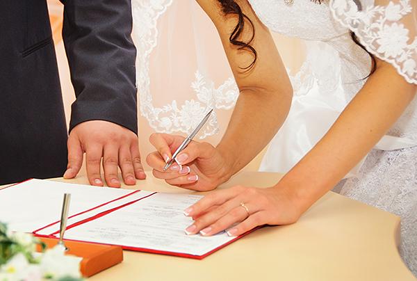 Choisir un régime matrimonial avec un notaire à Saint-Hyacinthe