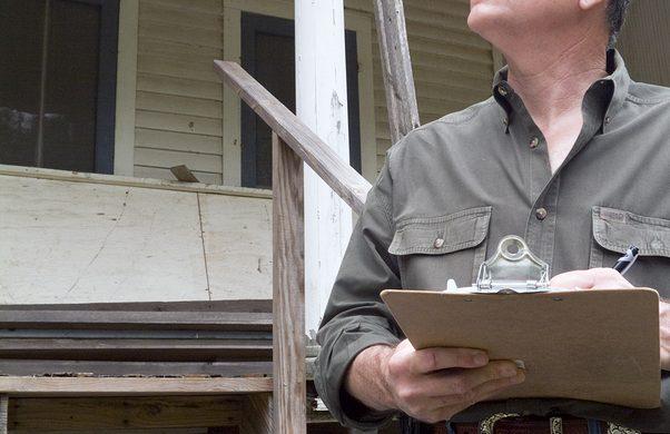 Inspection préachat par un inspecteur en bâtiment