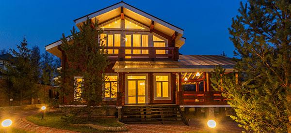 Voici pourquoi c'est une bonne idée d'ajouter un étage à un bungalow.