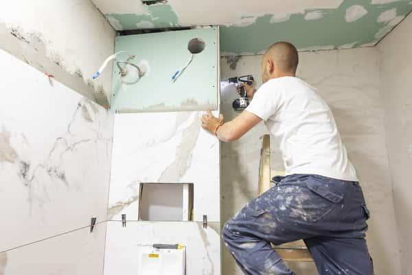prix entrepreneur renovation salle bain