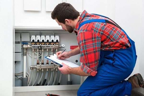 plombier pour installation de plancher chauffant