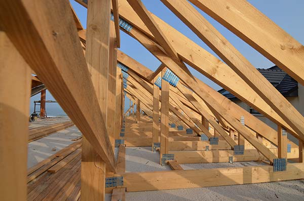 charpente-fermes-toit-prefabriques