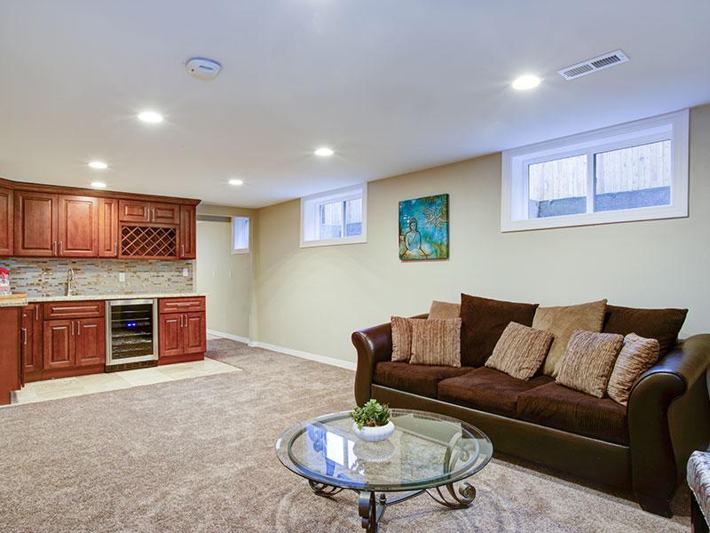 Un sous-sol rénové peut vous amener des frais de rénovations tels que ceux-ci.