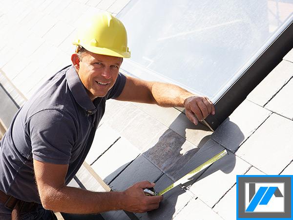 Un couvreur employé est un atout quand vous refaites votre toiture et son revêtement.