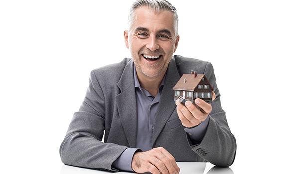 Trouvez le bon courtier immobilier pour faire évaluer votre maison au Québec.