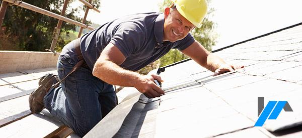 Voici comment recevoir des soumissions pour payer moins cher votre couvreur de toiture.