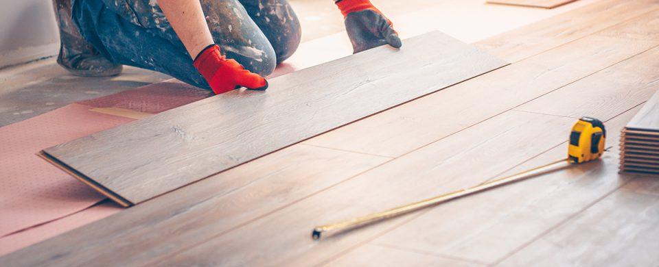 comment-poser-plancher-choisir-revetement-materiaux