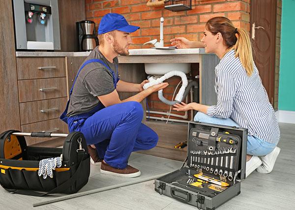 plomberie-equipement-tuyaux-bouches-produits.