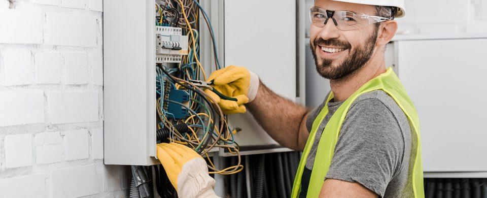 quel-prix-engager-electricien-travaux-maison-quebec