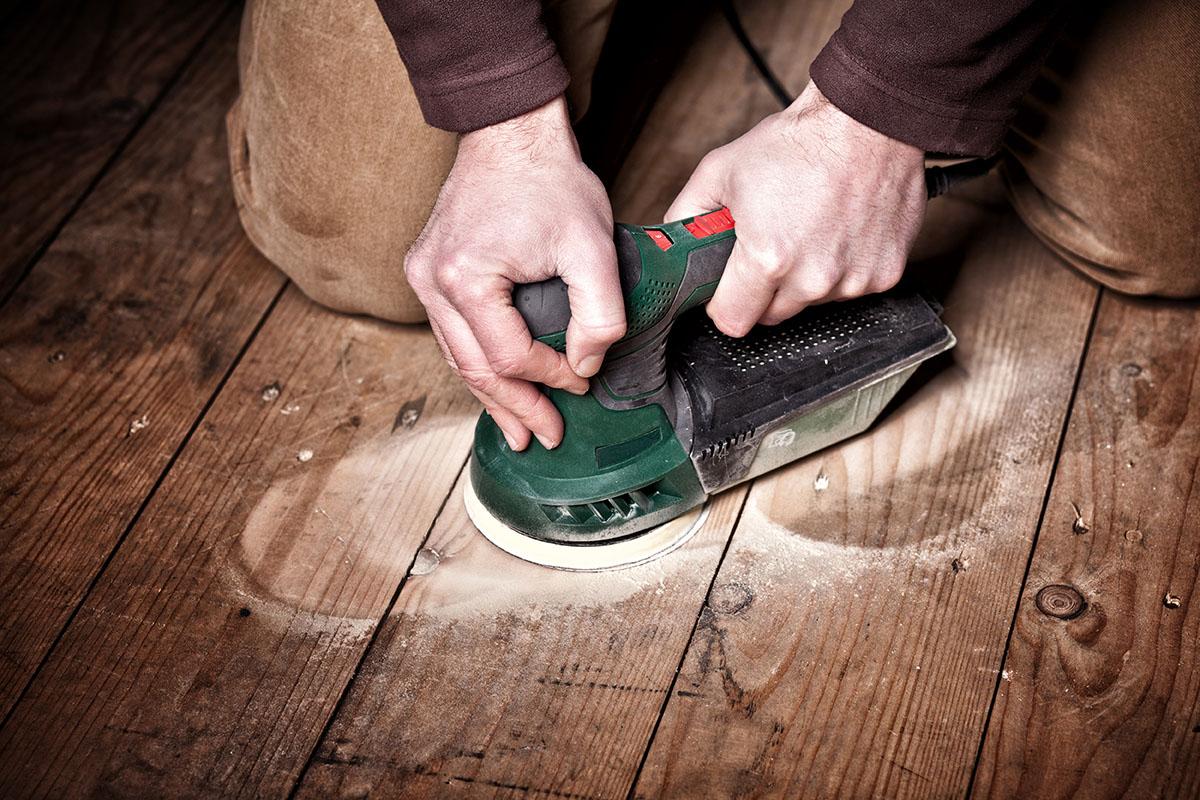 sablage-vernissage-plancher-entrepreneur-quebec-prix.