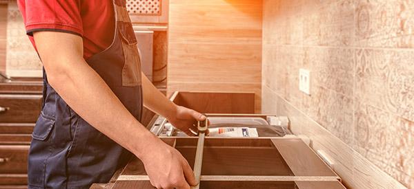 Jouer la carte de la qualité; optez pour un comptoir ou des armoires en bois