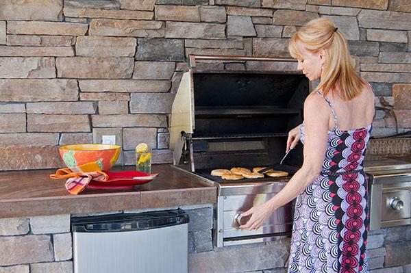 cuisine-exterieure-prix-options-materiaux-conseils.
