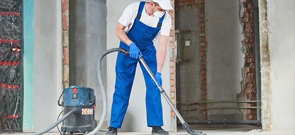 Le savoir-faire de professionnels expérimentés favorise un nettoyage après rénovation/construction de qualité