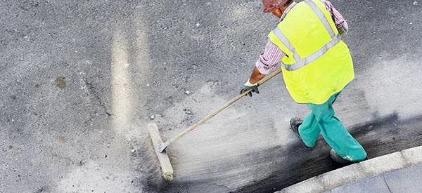 Optez pour un entretien ménager après construction de calibre professionnel jusque dans les moindres recoins.