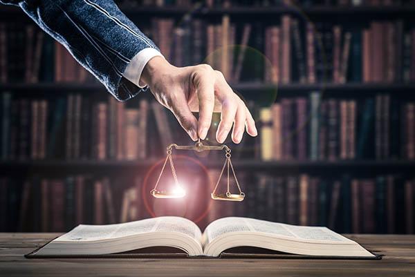 questions-poser-avocat-facture-chances-succes-laval