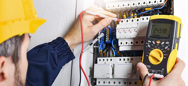 Le salaire des électriciens au Québec en 2020